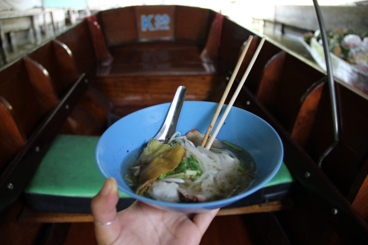 They even had boats that was making HOT noodle soup for you. That and some mango sticky rice was our perfect lunch that day.